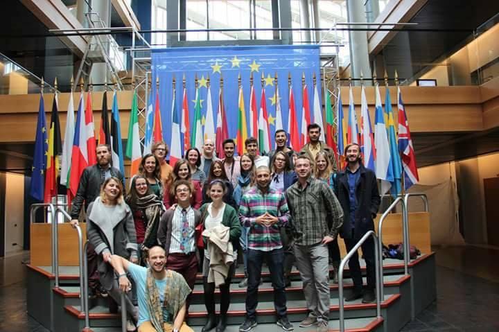 cursos yes europa academy parlamento